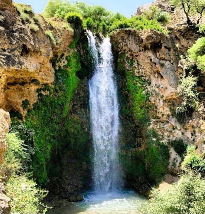 الشلالات الشهيرة لمدينة مشهد