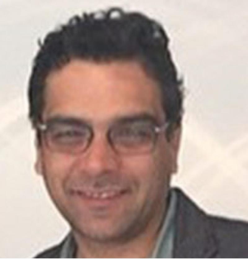 الدكتور علي افشار